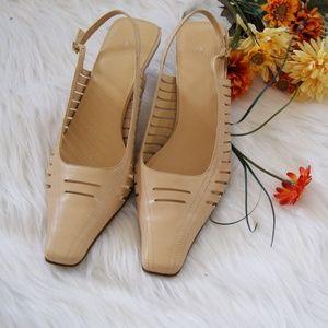 Anne Klein Leather classics pumps sandals 6.5& 6